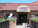 Welcome to Devine's - Durham's leading sports bar, with 12 beers on tap, delicious food, amazing wings, 20 TV screens and every televised Duke sports event.